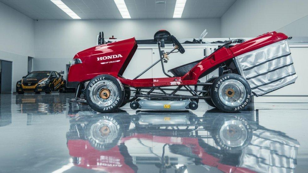Fantastisk Honda Mean Mower er verdens hurtigste havetraktor | Magasinet M! GF99