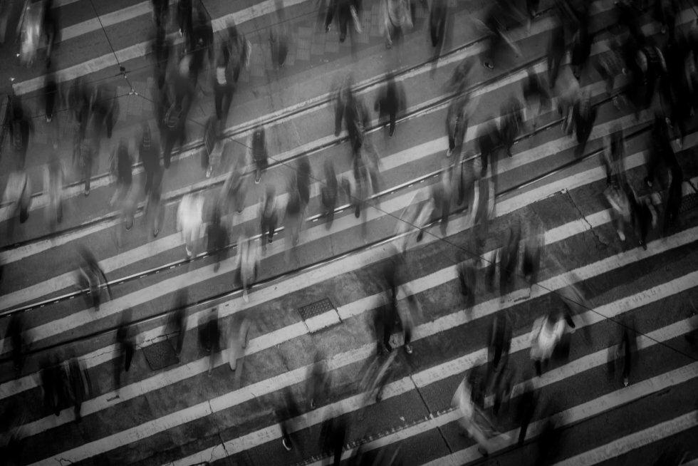 10 Uhyggelige Historier Om Store Folkemængder Som Bare Er