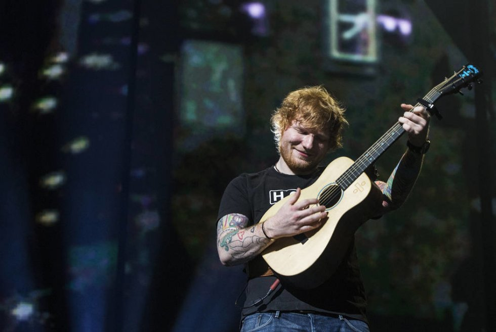Ed Sheeran slår vanvittig rekord for højeste indtjening for en musiker over et år