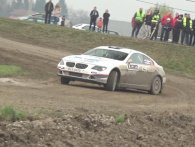 Video: Brølende BMW 650i forvandlet til rallybil