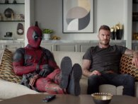 Deadpool kommer hjem til David Beckham for at undskylde for sin joke