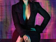 GQ UK 'Woman of the Year': sexet fotoshoot med Emilia Clarke